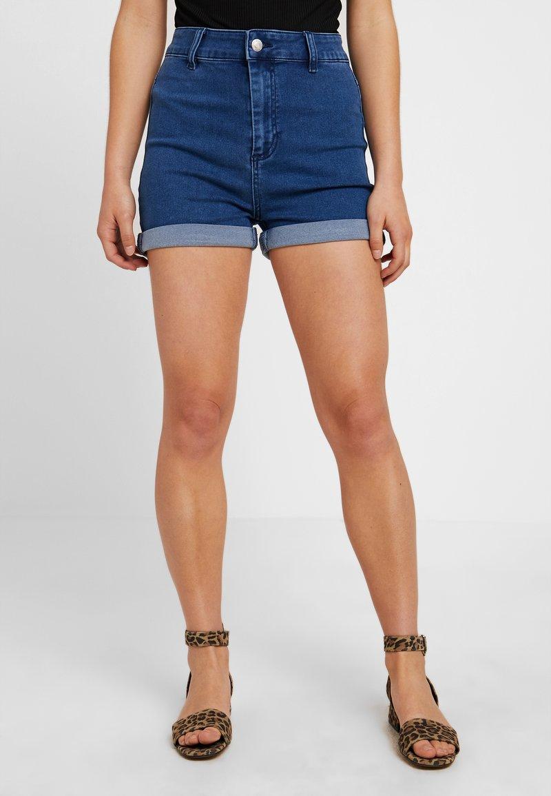 Even&Odd Petite - Jeans Shorts - mid blue denim