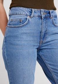 Even&Odd Petite - Flared jeans - light blue - 4