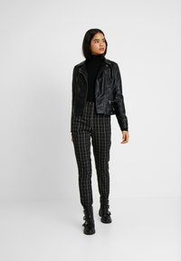 Even&Odd Tall - Trui - black - 1