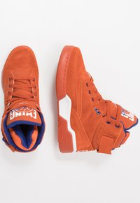 Ewing - 33 - Baskets montantes - orange/white/royal - 1