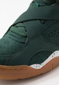 Ewing - ROGUE - High-top trainers - green - 6