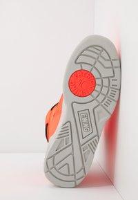 Ewing - 33 - Vysoké tenisky - alarm red - 4