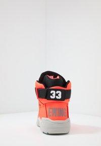 Ewing - 33 - Vysoké tenisky - alarm red - 3