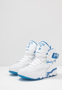 Ewing - 33 - High-top trainers - white/blue - 2