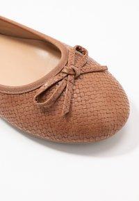 Evans - WIDE FIT  - Ballet pumps - tan - 2