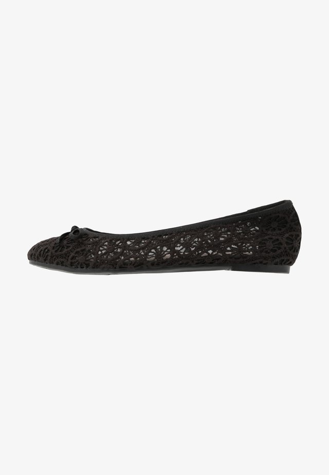 WIDE FIT RILEY  LACE BALLET - Klassischer  Ballerina - black