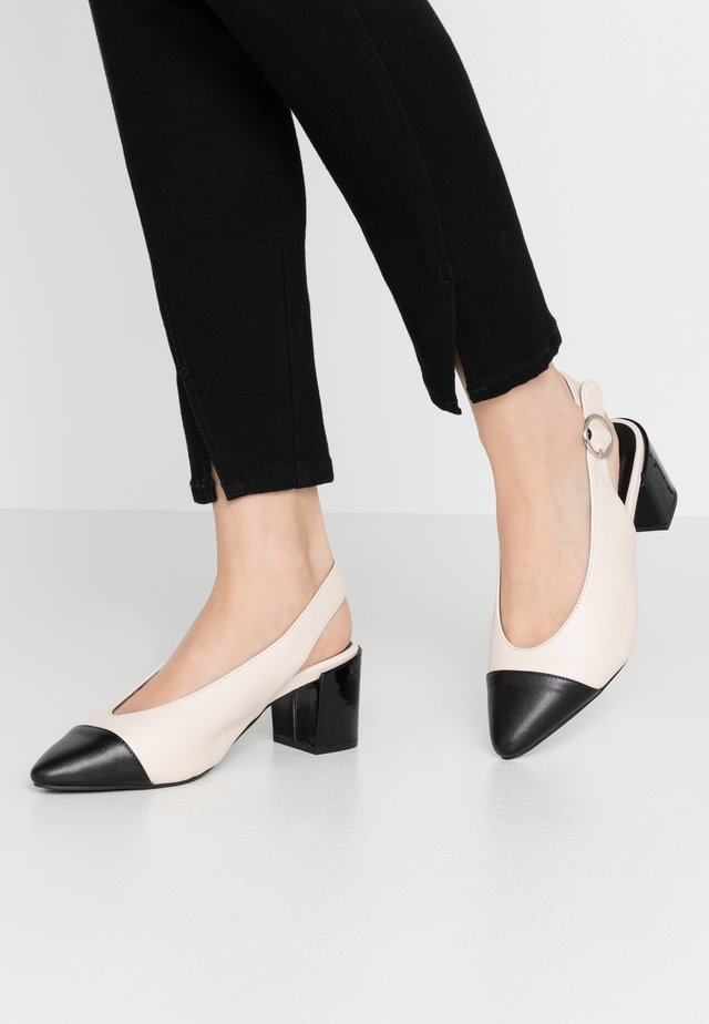 WIDE FIT FLO COLOURBLOCK SLINGBACK - Classic heels - multicolor