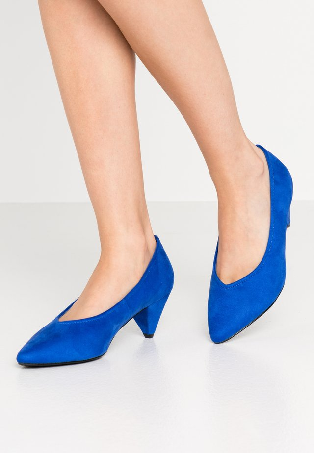 WIDE FIT CONE HEEL - Pumps - blue
