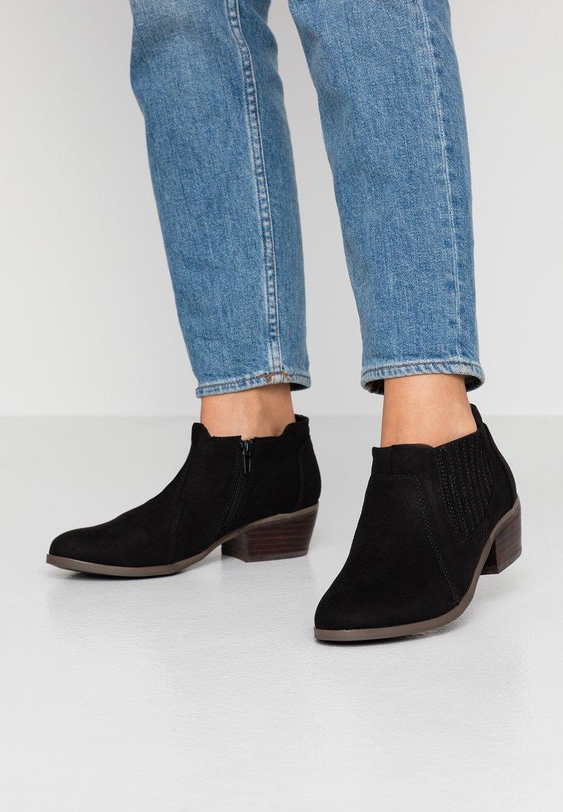 Evans - WIDE FIT ALEX SHOE - Ankle Boot - black