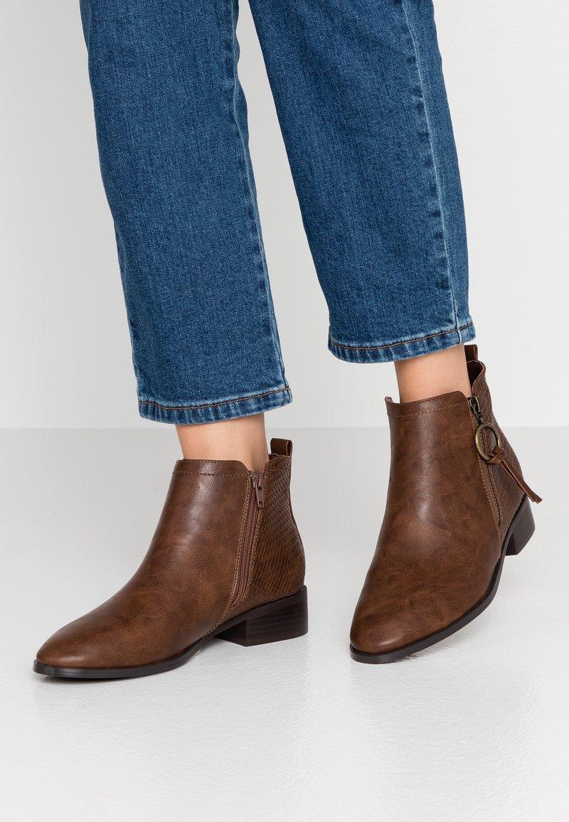 Evans - WIDE FIT ALEC  - Støvletter - brown