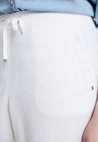 Evans - TROUSERS - Kalhoty - white - 4
