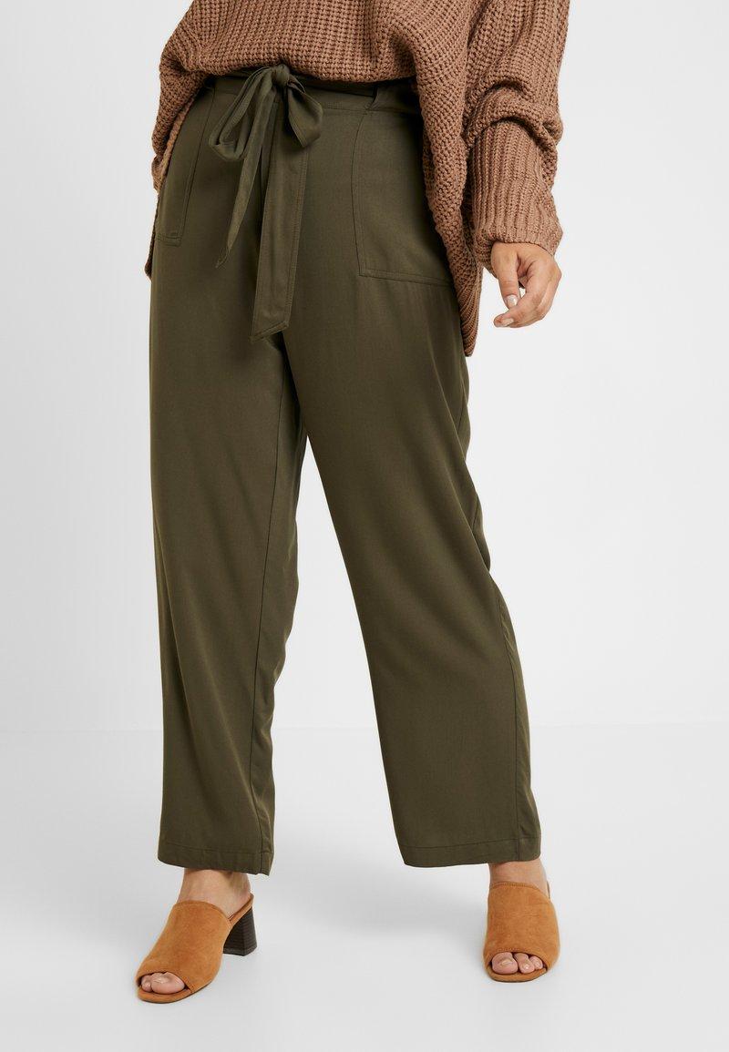 Evans - BELTED TROUSERS - Pantalones - khaki