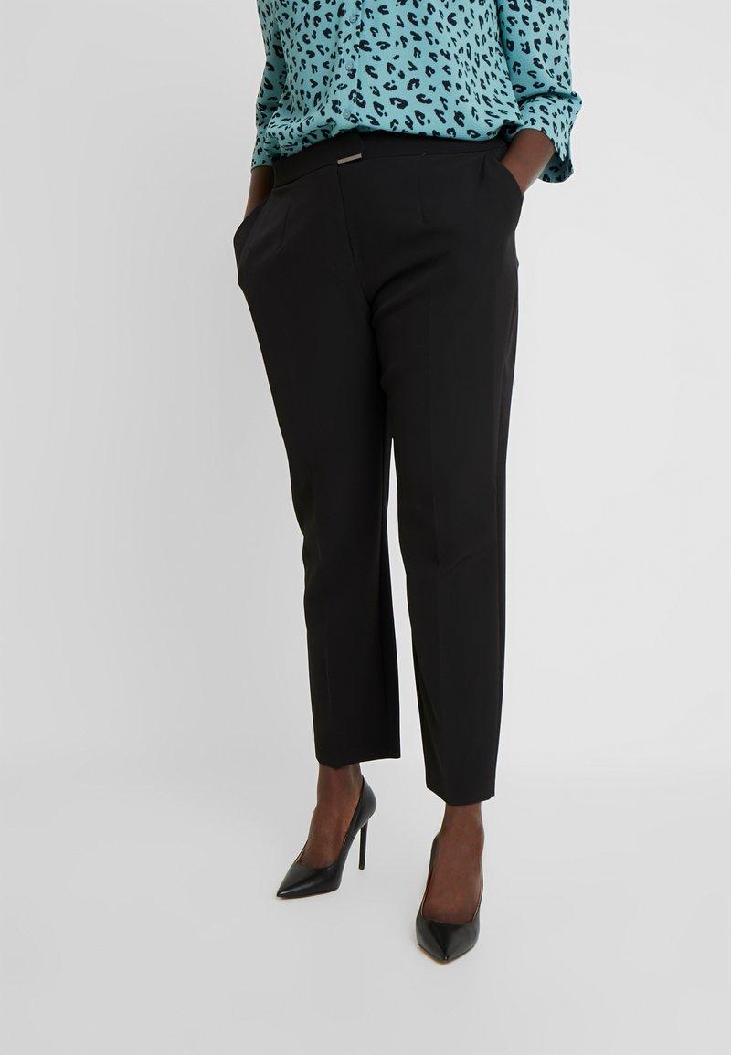 Evans - SIENNA TAPERED - Teplákové kalhoty - black