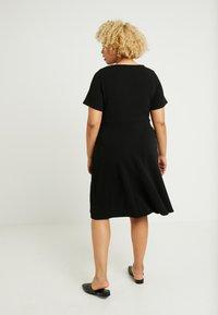Evans - FIT AND FLARE DRESS - Denní šaty - black - 3