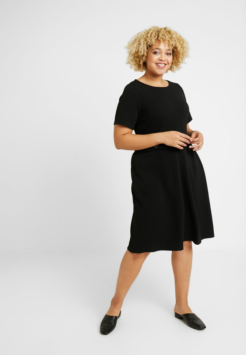Evans - FIT AND FLARE DRESS - Denní šaty - black