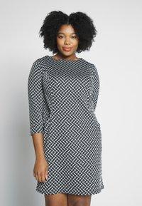 Evans - TEXURED PONTE DRESS WITH POCKETS - Robe fourreau - black - 0