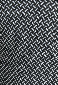 Evans - TEXURED PONTE DRESS WITH POCKETS - Robe fourreau - black - 7