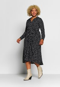 Evans - HEART ITY SHIRT DRESS - Robe en jersey - black - 0