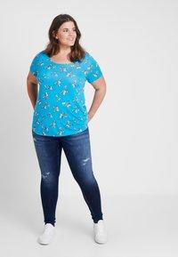 Evans - BUTTERFLYTEE - T-shirt print - light blue - 1