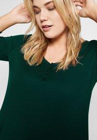 Evans - Langærmede T-shirts - green - 3
