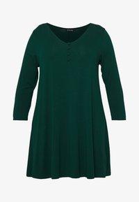 Evans - Langærmede T-shirts - green - 4