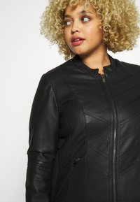 Evans - STITCH DETAIL BIKER JACKET - Faux leather jacket - black - 5