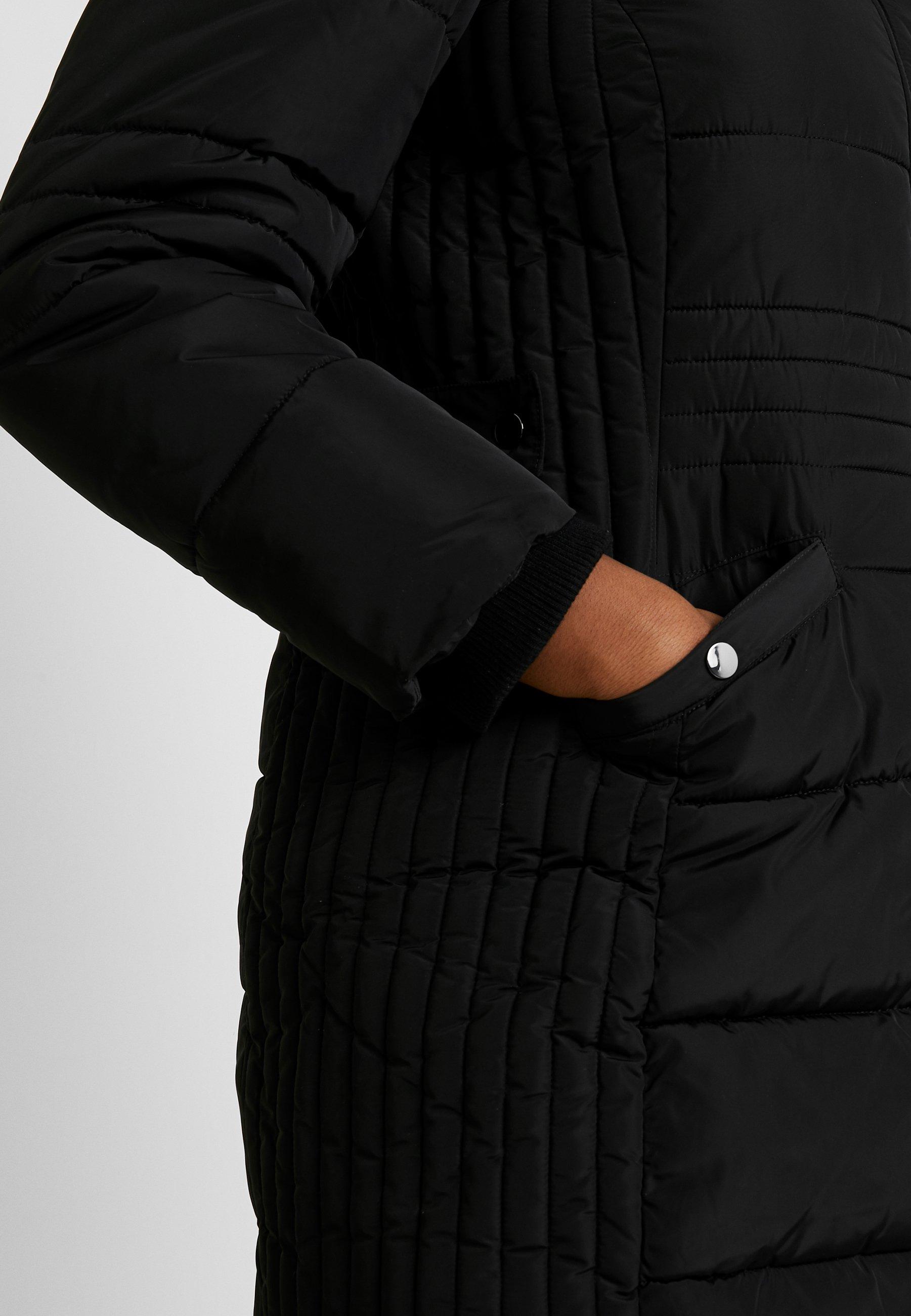 Evans Tab Side Padded Coat - Kort Kåpe / Frakk Black