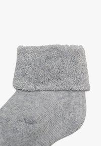 Ewers - NEWBORN SOCKS RINGEL 6 PACK - Ponožky - grey/white - 3