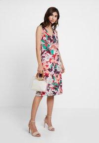 Expresso - ELONA - Žerzejové šaty - multi-coloured - 2