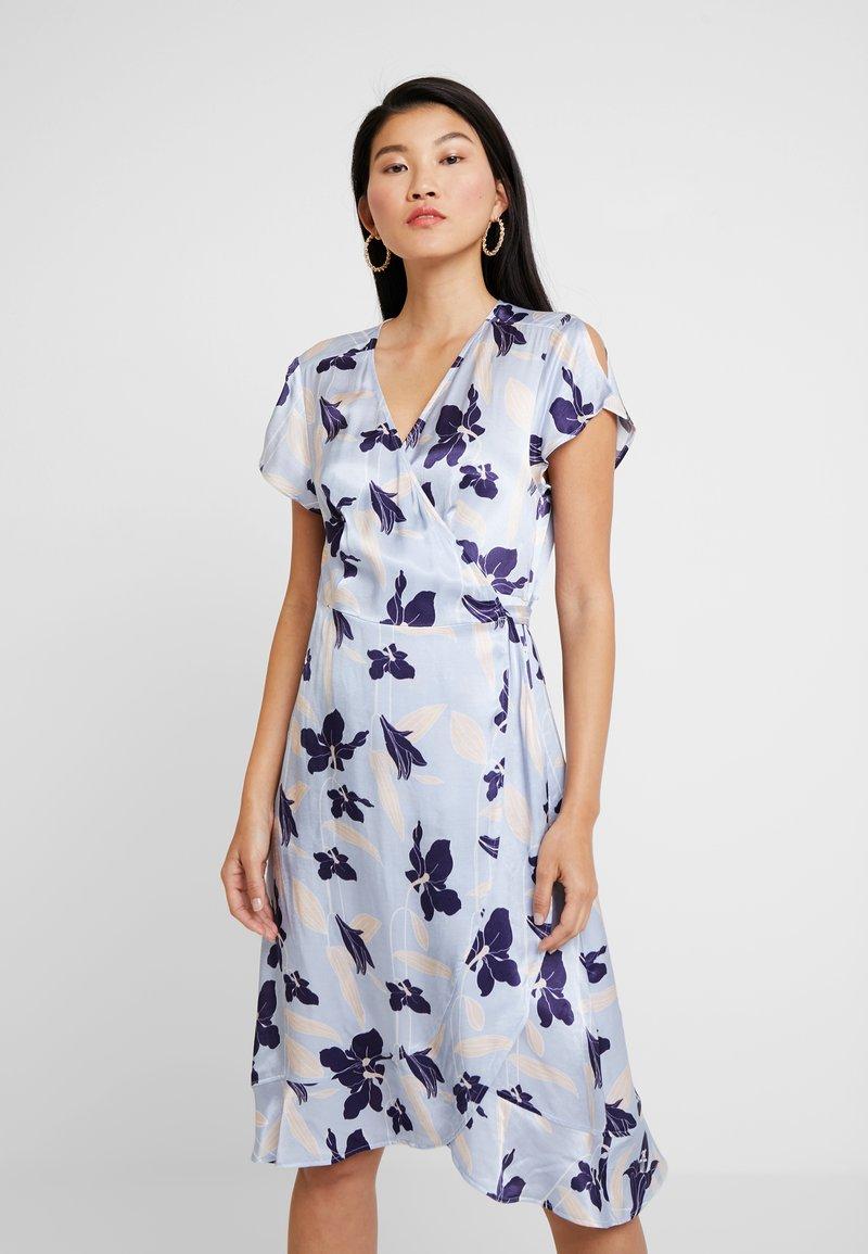 Expresso - Day dress − light blue