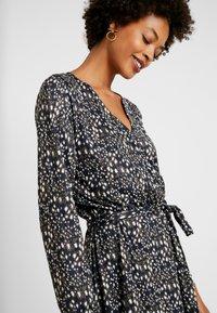 Expresso - Žerzejové šaty - leuchtend blau - 4