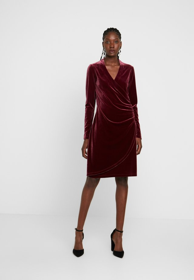 NEISHA - Cocktail dress / Party dress - bordeauxrot