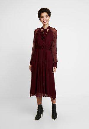 NYLEA - Shirt dress - bordeauxrot