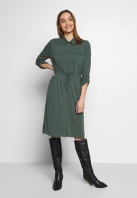 Expresso - CEYDA - Denní šaty - dark green - 0