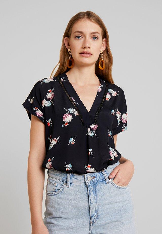 HENNIE - Bluse - schwarz
