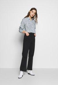 Expresso - AAGJE - Button-down blouse - hellgrau - 1