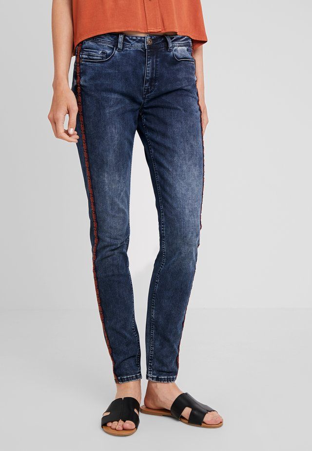 JACEY - Jeans Skinny Fit - denim-dunkelblau