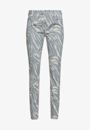 ARISKA - Slim fit jeans - nebel