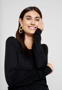Anna Field MAMA - Vestito di maglina - black - 3