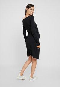 Anna Field MAMA - Vestito di maglina - black - 2