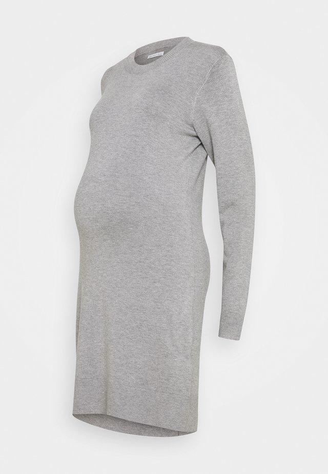 MATERNITY KNIT DRESS - Sukienka z dżerseju - mid grey melange