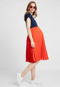 Anna Field MAMA - T-shirt - bas - navy blazer - 1