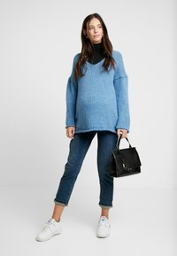 Anna Field MAMA - BASIC ROLL NECK LONG SLEEVES - T-shirt à manches longues - black - 1
