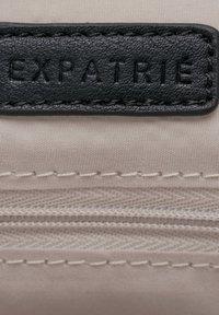 Expatrié - ODETTE - Handbag - black - 5