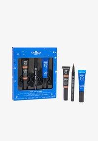 Eyeko - DESK TO DRINKS KIT - Makeup set - lid gloss: bronze, lash alert/ black magic: black - 0