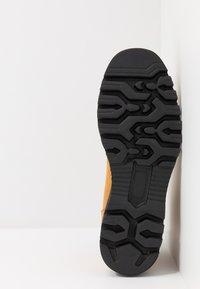 Franceschetti - Šněrovací kotníkové boty - cognac - 4