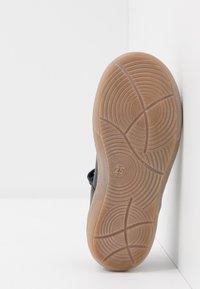 Froddo - MARI MEDIUM FIT - Ankle strap ballet pumps - dark blue - 5