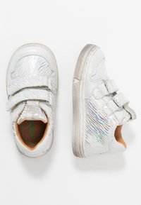 Froddo - DOLBY MEDIUM FIT - Baby shoes - white - 0