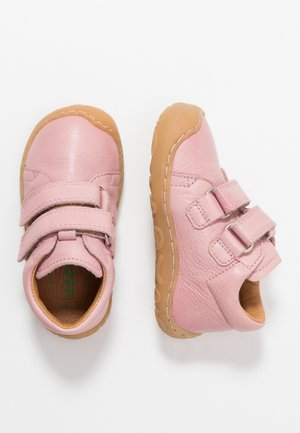 MINNI MEDIUM FIT - Touch-strap shoes - pink