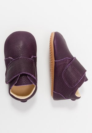 NATUREE CLASSIC MEDIUM FIT - Chaussons pour bébé - purple